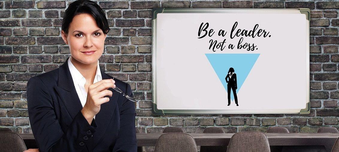asistentka vedoucí lídr